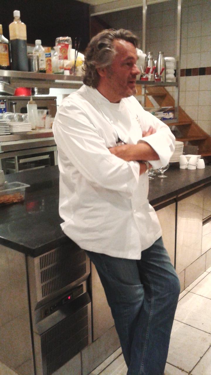 Jean-Michel Dienst en su cocina.